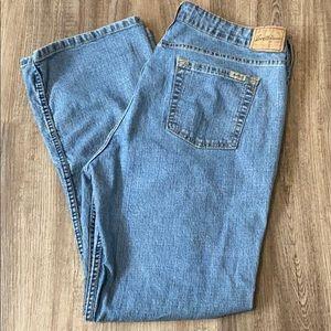 Levi Low Rise Bootcut Jeans